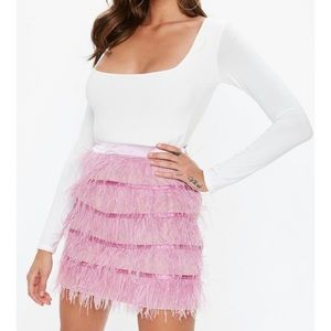 NWT Missguided feather skirt